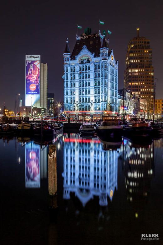 Het Witte huis, Rotterdam Oude Haven - De Oude Haven in Rotterdam, met de oude Rotterdamsche Trots het Witte Huis. Ooit Europa's hoogste kantoorg