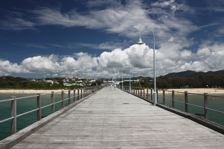 The way to relaxation - Ik heb rekening gehouden met de lijnen en gewacht tot er twee mensen terug liepen op de jetty.