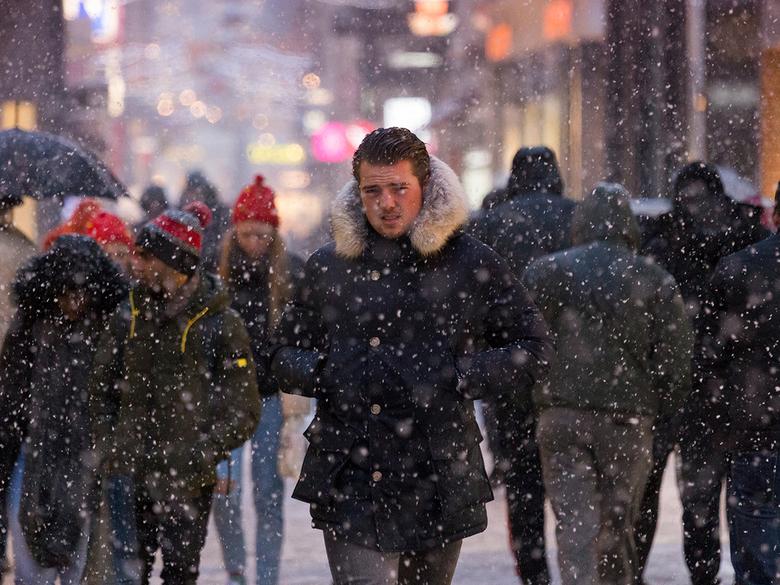 Zware sneeuwval in Den Haag