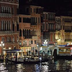 Venetië bij nacht