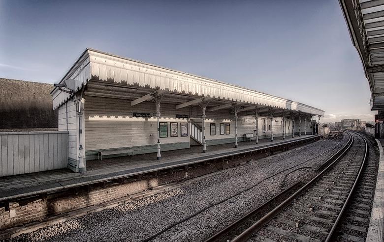 Battersea park station - Battersea.jpg