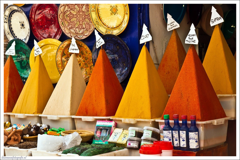 Kleuren van Marokko - specerijen en kleuren in Marokko.