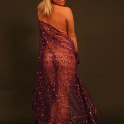 Denisa met paarse doek 3