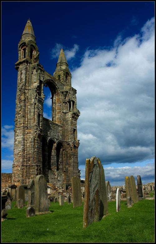 St Andrews Cathedral - De Cathedral van St Andrews op het Schotse schiereiland Fife. Vooral de belichting vind ik zelf geslaagd....