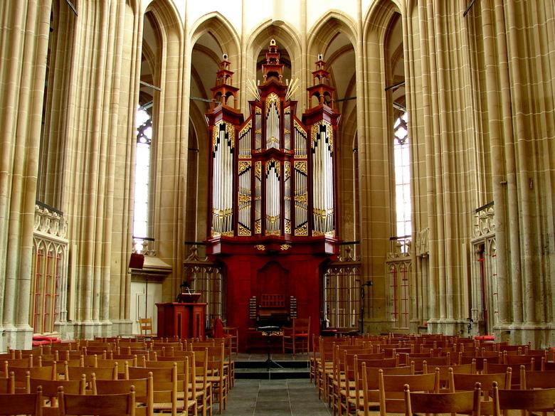 Boven- of St. Nicolaaskerk Kampen - Ik had al veel over de Bovenkerk gehoord. Nu eindelijk de kans om hem eens te bezoeken. Wat een prachtige kerk. De