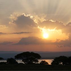 Zonsondergang in Oeganda