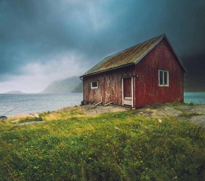 Storm op de Lofoten - Net een cover van een Scandinavische triller, of niet?