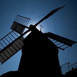 Moulin Silhouette