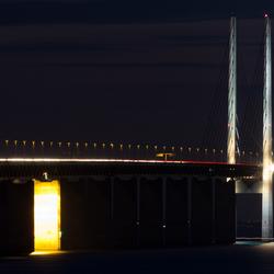De Øresundbrug bij nacht.