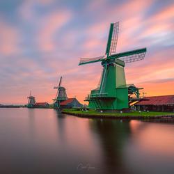 Windmill sunrise in Zaanse Schans