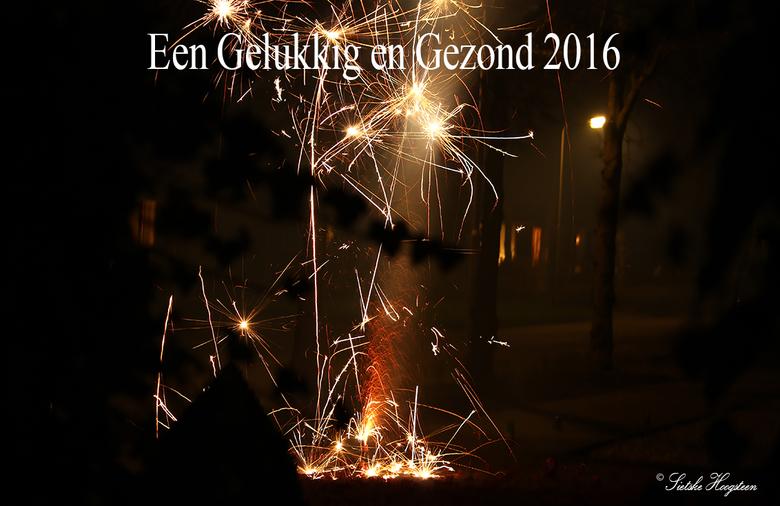 Gelukkig Nieuwjaar! - Een Gelukkig en Gezond 2016 met weer heel veel mooie fotomomenten.