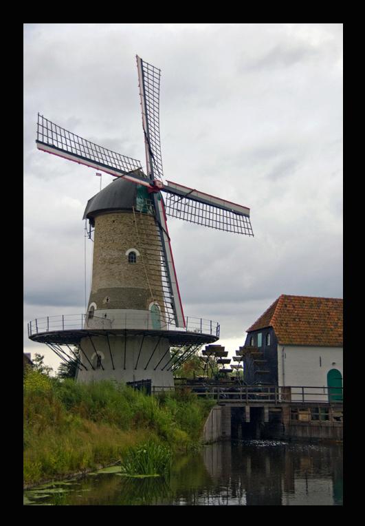 kilsdonkse molen 4 - Serie kildonkse molen.<br /> <br /> De Kilsdonkse molen staat in Dinther (Brabant)zie de site http://www.kilsdonksemolen.nl<br