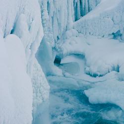frozen waterfall-2.jpg