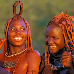 Dansende Himbavrouwen