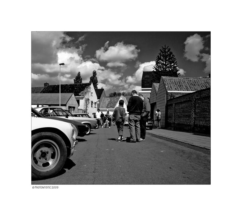 Watou - Vorige zondag een oldtimertocht gedaan in de Westhoek, meer bepaald Watou. Prachtige streek trouwens. Had gedacht heel wat foto's te kunn