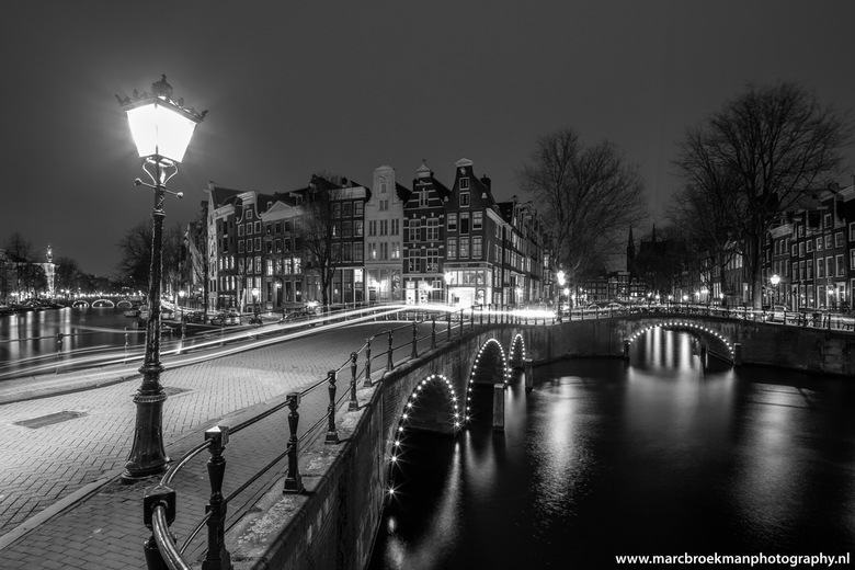 Super Amsterdam zwart/wit | Architectuur foto van #OP33