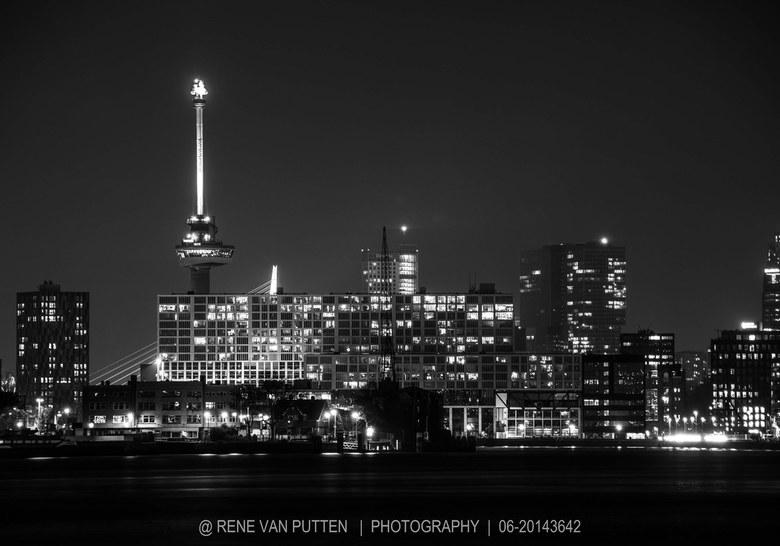 inbound9024076827064170644 - Rotterdam by night