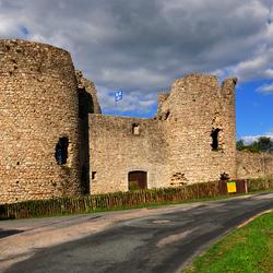 ruine kasteel Les Tours dep Ht Vienne