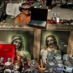 Jezus, Maria en bierpullen