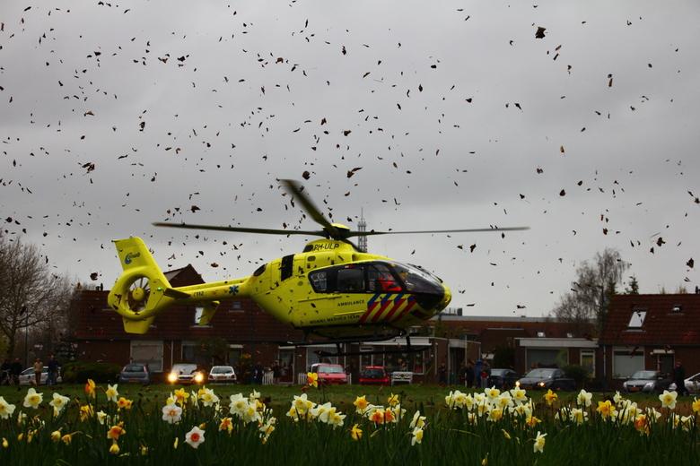 14-03-22 A1 Medische Noodsituatie (Lifeliner) - Bladgroen (Zoetermeer) (20) - Traumahelikopter in Zoetermeer, gemaakt tijdens een melding aan de Bladg