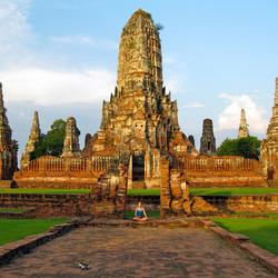 Bewerking: Zonsondergang Wat Chaiwatthanaram