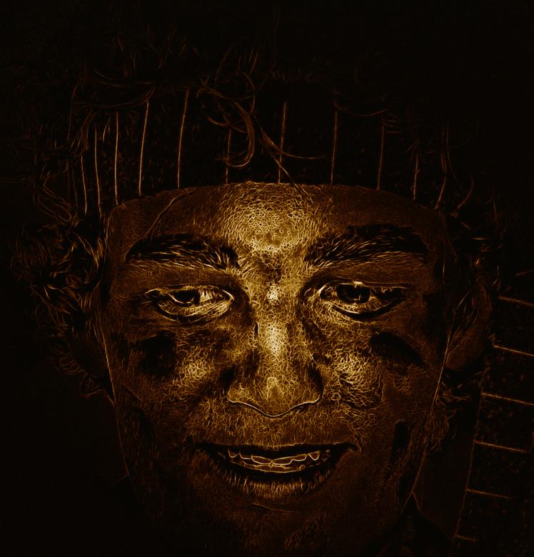 face - Face is een bewerking op een foto van mijn zoon tijdens een uitvoering van Buster de Beer Jeugdtoneel door de Jeugdgroep van de kersouwe Heeswi