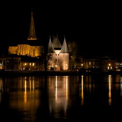Kampen bij nacht, Koornmarktspoort en Bovenkerk