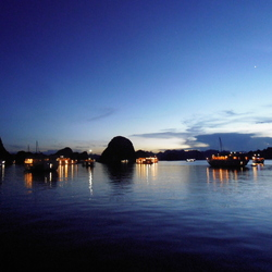 Nacht in Halong Bay