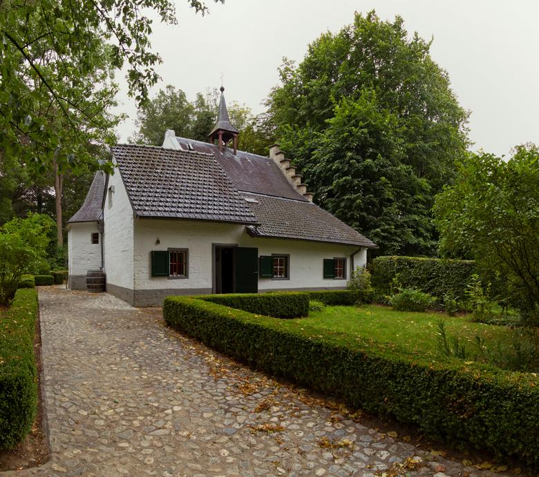 Bewerking: de Kluis Oud-Valkenburg 2 - Hierbij dan een andere gekleurde versie, wat ik vergeten was te melden is dat dit een panorama is van 3 vertika