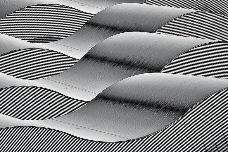 Waves - Vrije arch. interpretatie