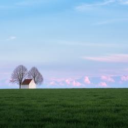 Kapel in het veld
