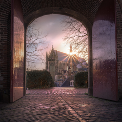 Gate to divinity