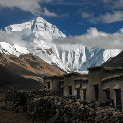 Mt_Everest_ Basiskamp_Tibet