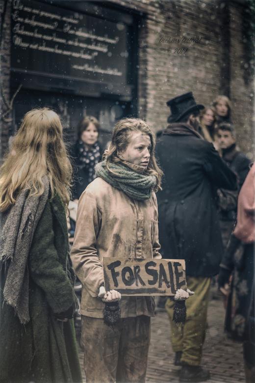 """Dickens festijn - Bedankt voor de reacties op mijn vorige upload... een fijne weekend! <img  src=""""/images/smileys/wilt.png""""/><br />"""