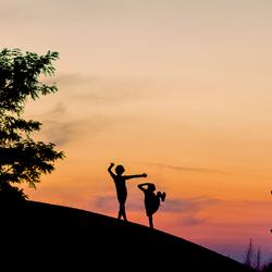 Dansen in de zonsondergang