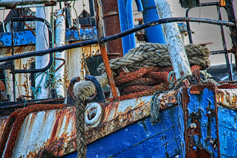 The Old Fisher, Ireland - Detail opname oude vissersboot, Wicklow haven, Ierland.......