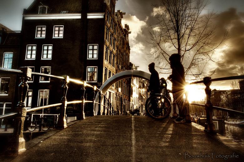 The Bro's  - Plaatje geschoten op de brug nabij de Brouwersgracht, Amsterdam. Heb geprobeerd het sfeertje lekker duister te houden, ondanks dat het ee