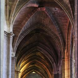 gothische gewelven in zijbeuk