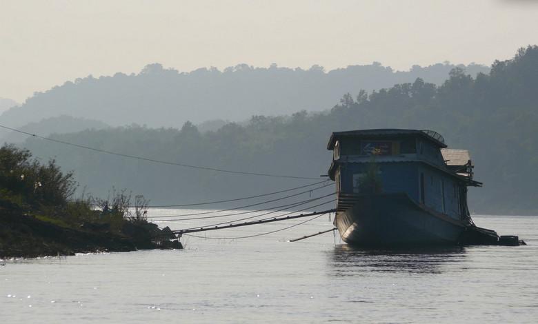LAOS Mekong River - Prachtige reis.<br /> Veel platjes geschoten van de Mekong. Schitterende landschappen. Ik zal er enige uploaden later.