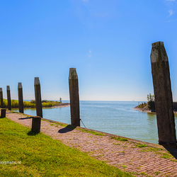aanleg pijlers in haven van Laaxum (Laaksum)