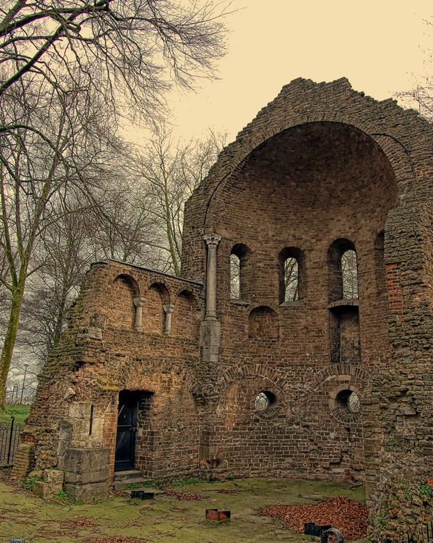 Valkhof park - Romeinse Ruine in het Valkhofpark in Nijmegen.<br /> <br /> <br /> BEdankt voor jullie reacties op de vorige upload!