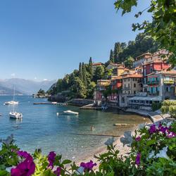 Varenna aan het Comomeer in Italie