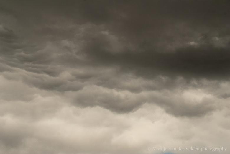 50 shades of grey - Hoeveel tinten grijs kunnen er in de lucht zitten...