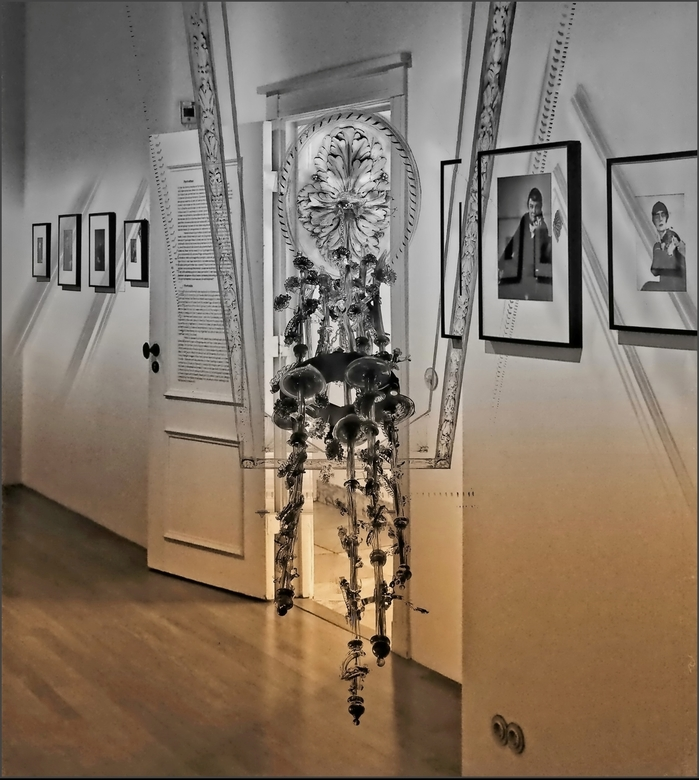 Huis Marseille - AMSTERDAM -  .. het mooiste museum voor fotografie in een monumentaal grachtenpand uit 1665.<br /> <br /> Hier heb ik de mooie kroo