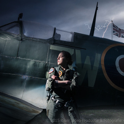 Women and Wings 5381-Edit