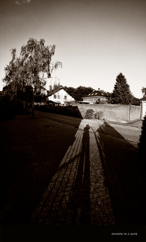 Shadow in a gate -