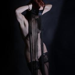 zwarte draden