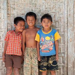 kinderen van Lombok en Flores