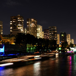 Parijs, Pont de Bir Hakeim