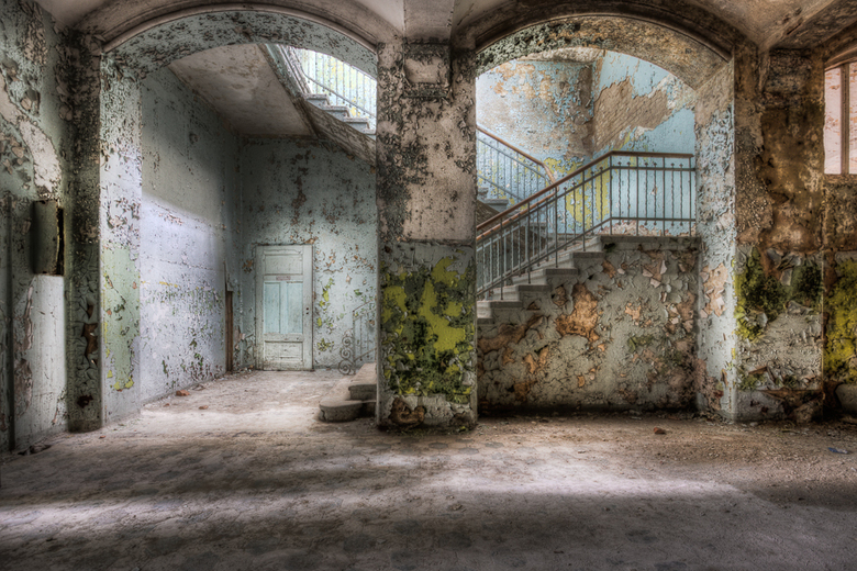 Stairway in Decay - Beelitz